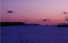 黄昏雪景图片